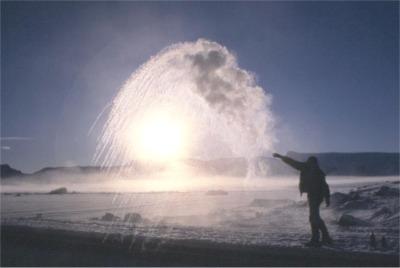 antarctica_weather_ice_throw1