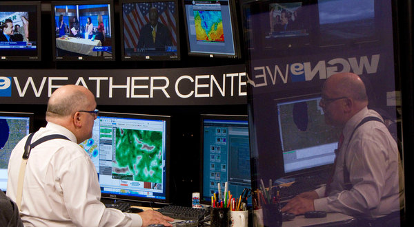 Tom Skilling, Best Meteorologist In Midwest, Gets New 10 ...