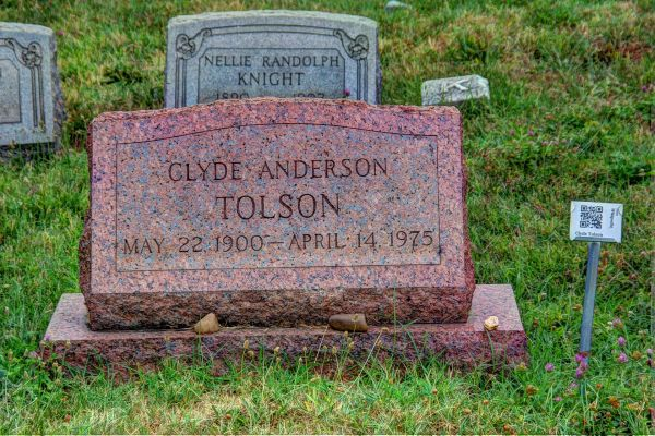 Clyde_Tolson,_Congressional_Cemetery