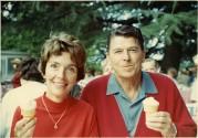 1967-1968 Governor Ronald Reagan and Nancy Reagan eating ice cream cones