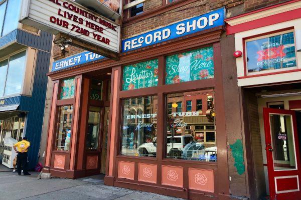 ernest-tubb-record-shop(2)